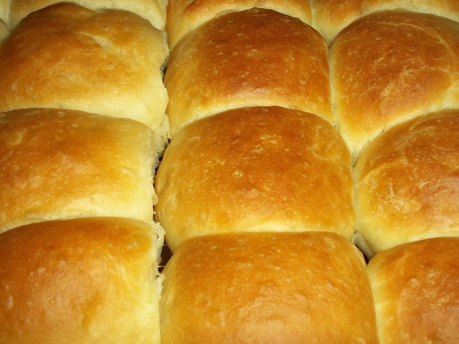 """Εξαιρετικά ψωμάκια """"φουφουδένια"""""""