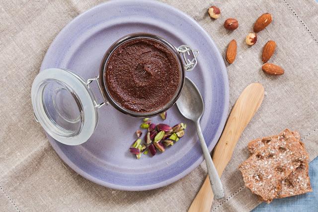 Domaća Nutella - zdravi čoko-lješnik namaz