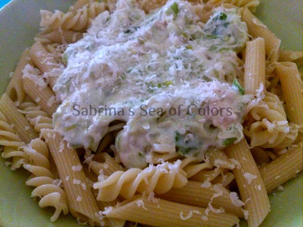 Pasta con salsa de puerros (ajoporro)