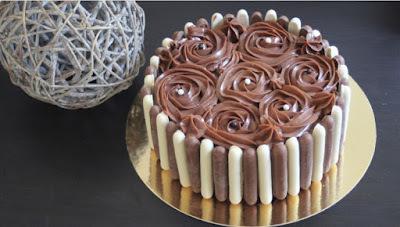 Entremet : bavarois chocolat blanc et praliné, glaçage nutella mascarpone au thermomix ou sans
