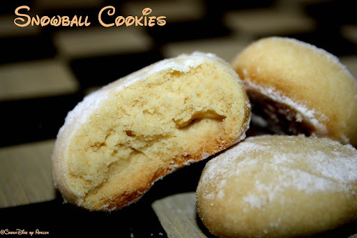 SnowBall Cookies/Melting moments (EGGLESS)