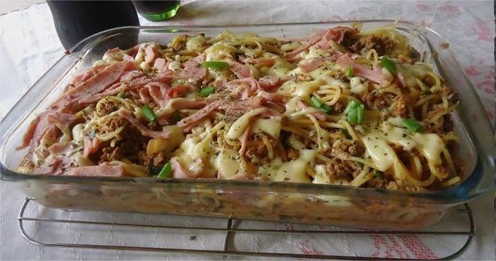 macarronada com carne moida presunto e queijo