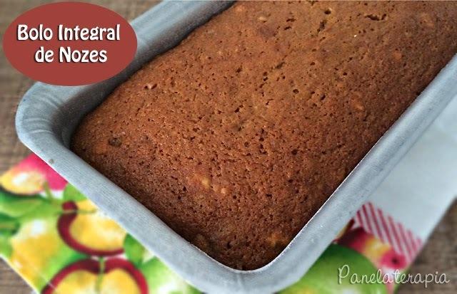 bolo de nozes com farinha integral e açucar mascavo