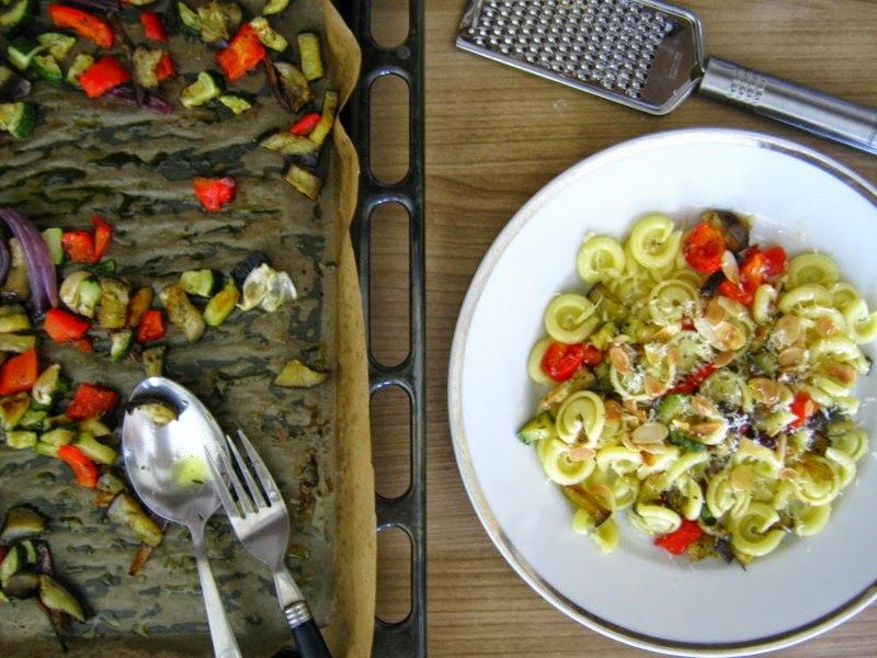 cestovinový šalát so zeleninou a syrom