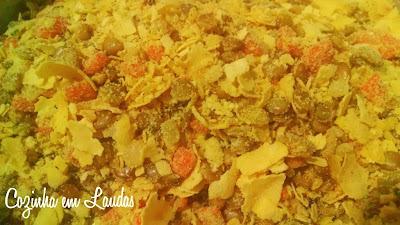 Farofa natalina de lentilha