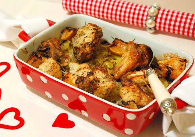 Pollastre al forn amb romer, timó i llimona
