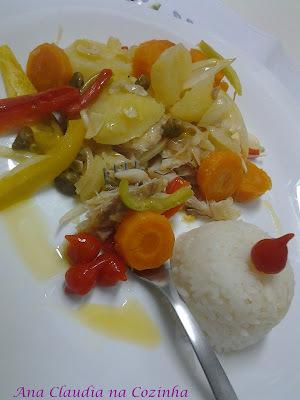 Merluza com legumes ao forno