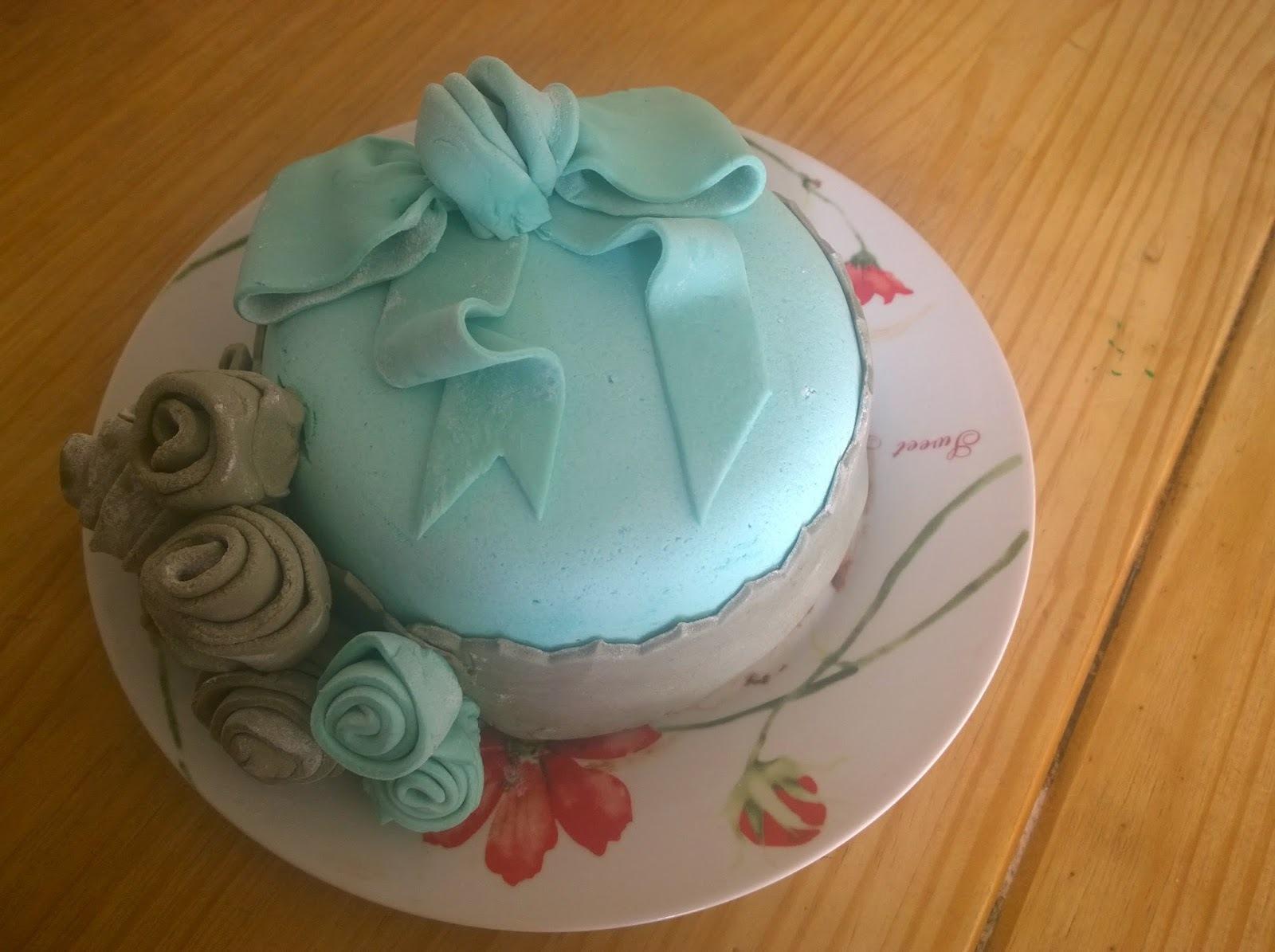 Gâteau en pâte à sucre (PàS)
