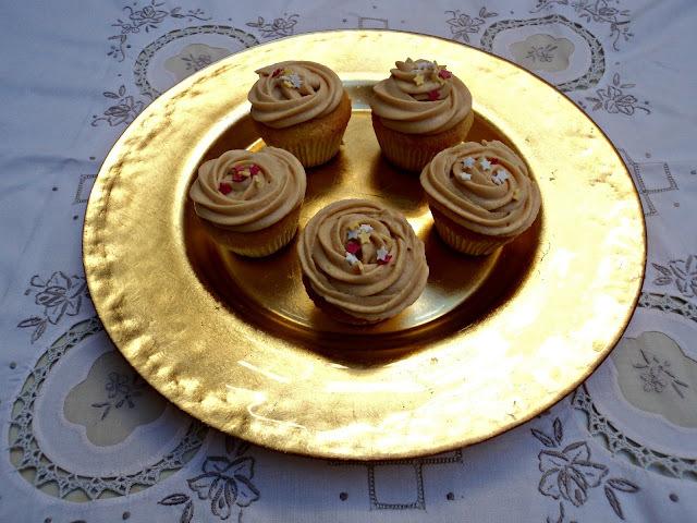 Cumpleaños de mi Paula * Cupcakes a la crema de turrón