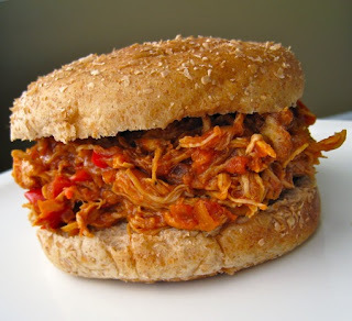 MENU 121: SANDWICHES DE POLLO BUFFALO EN CROCK POT