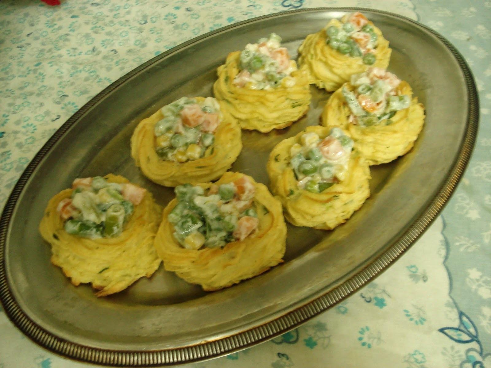 Ninhos (ou cestinhas) de Purê de Batata... É o Prato Do Dia!