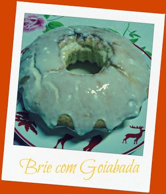 Bolo de Gelatina de Abacaxi