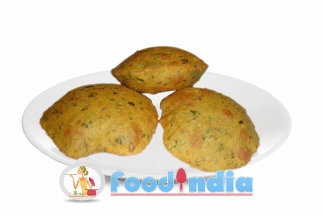 Typical Gujarati Masala Puri Recipe