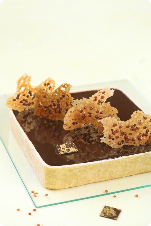 Шоколадный тарт с бананами и карамелью / Tarte de chocolate, banana e caramelo