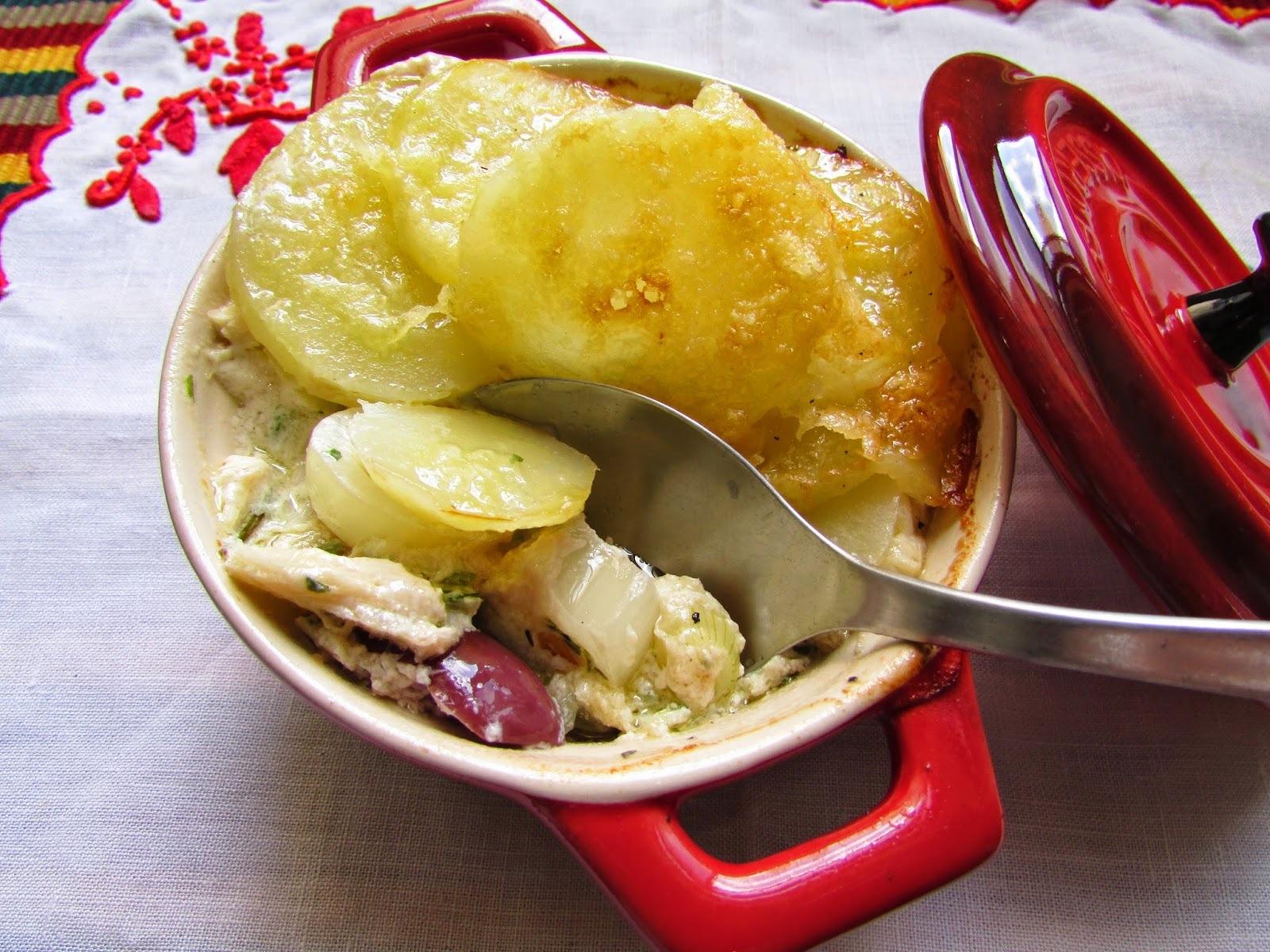 torta espanhola de batata com bacalhau