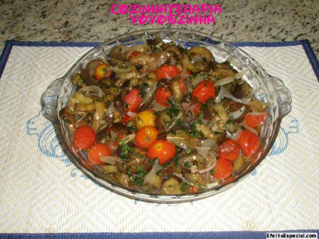 Antepasto de berinjela cebola e tomate confit