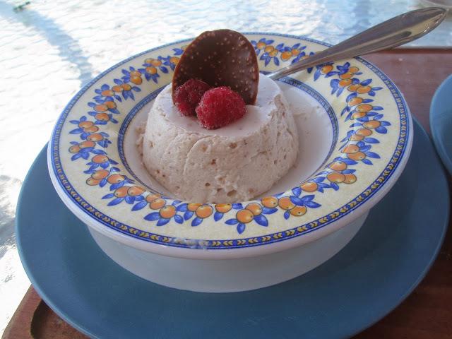 chestnut mousse (mousse de puré de  castañas)