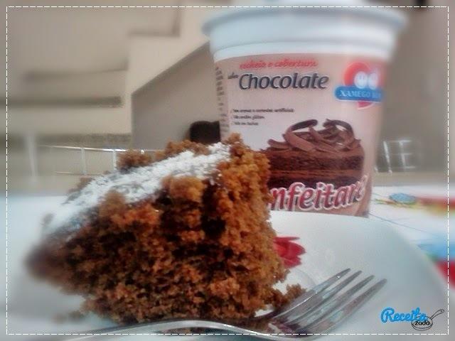 Bolo de Chocolate Simples e Fofo!