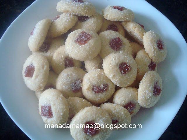 biscoito assado de farinha de trigo