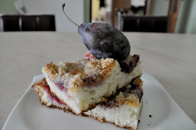 Slivkový koláč s bielym makom