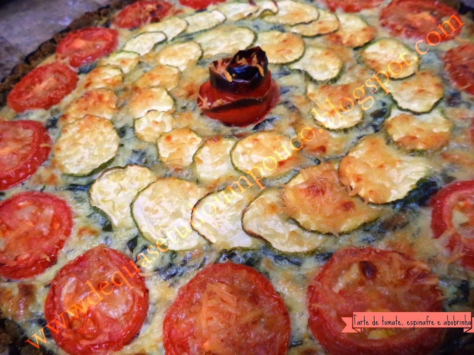 Tarte de tomate, espinafre e abobrinha