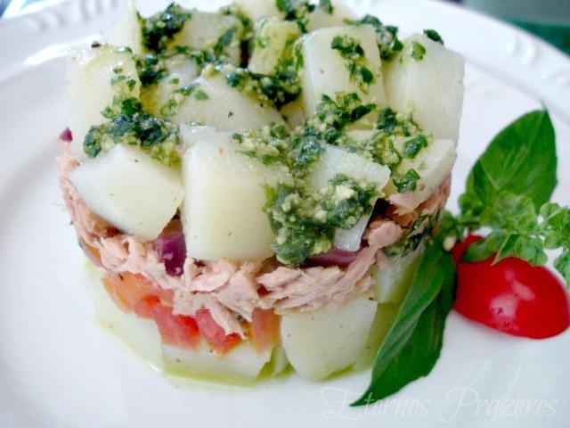 Salada de Batata e Atum ao pesto