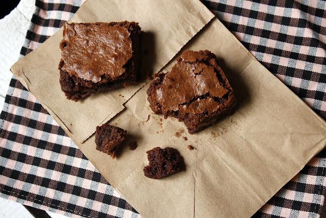 Brownie d'ametlla i farina integral