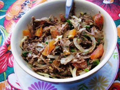 Salada Espanhola de Carne