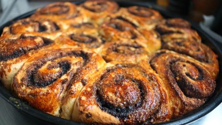 Cinnamon Rolls (Rollitos de canela)