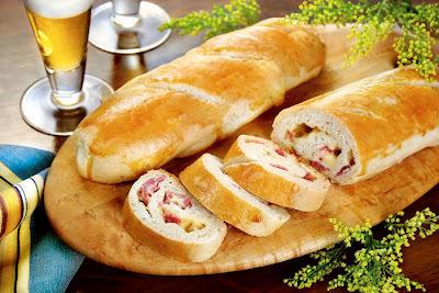 Pão de Presunto e Queijo