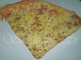pizza de banana com canela e queijo e leite condensado