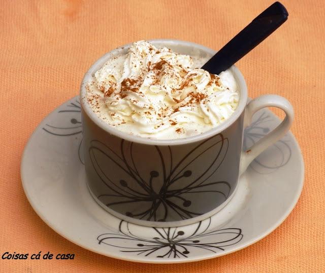 chantilly de chocolate com creme de leite de caixinha