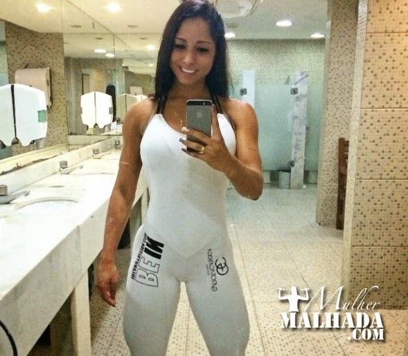 Treino de quadríceps da Atleta Aline Machado