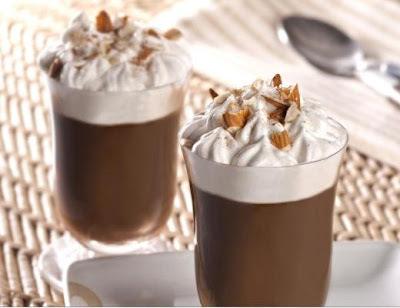 Dia do café: Café mocha gelado com creme de gianduia