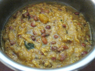 Mathanga (pumpkin) and Vanpayar (red cow peas) erissery