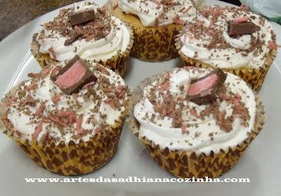 Cupcake Moranguete.