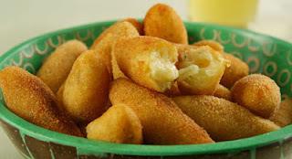 FAÇA & VENDA - Bolinho de mandioca e queijo