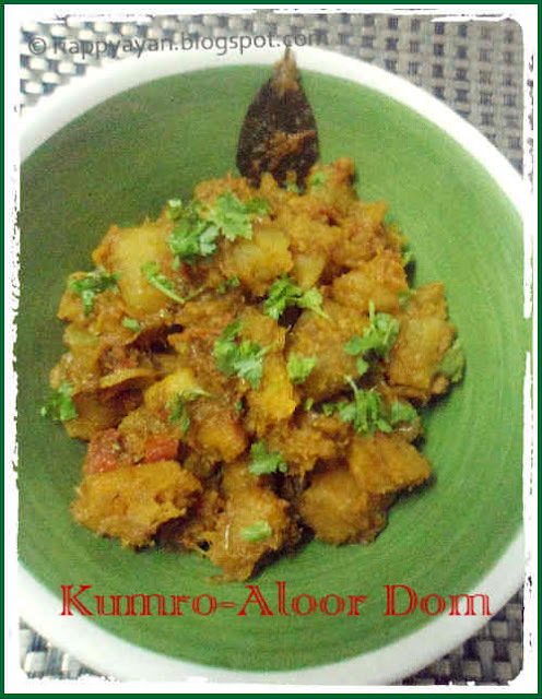 Mishti Kumro r Aloor Dom ~ Sweet pumpkin and Potato curry(bengali style)