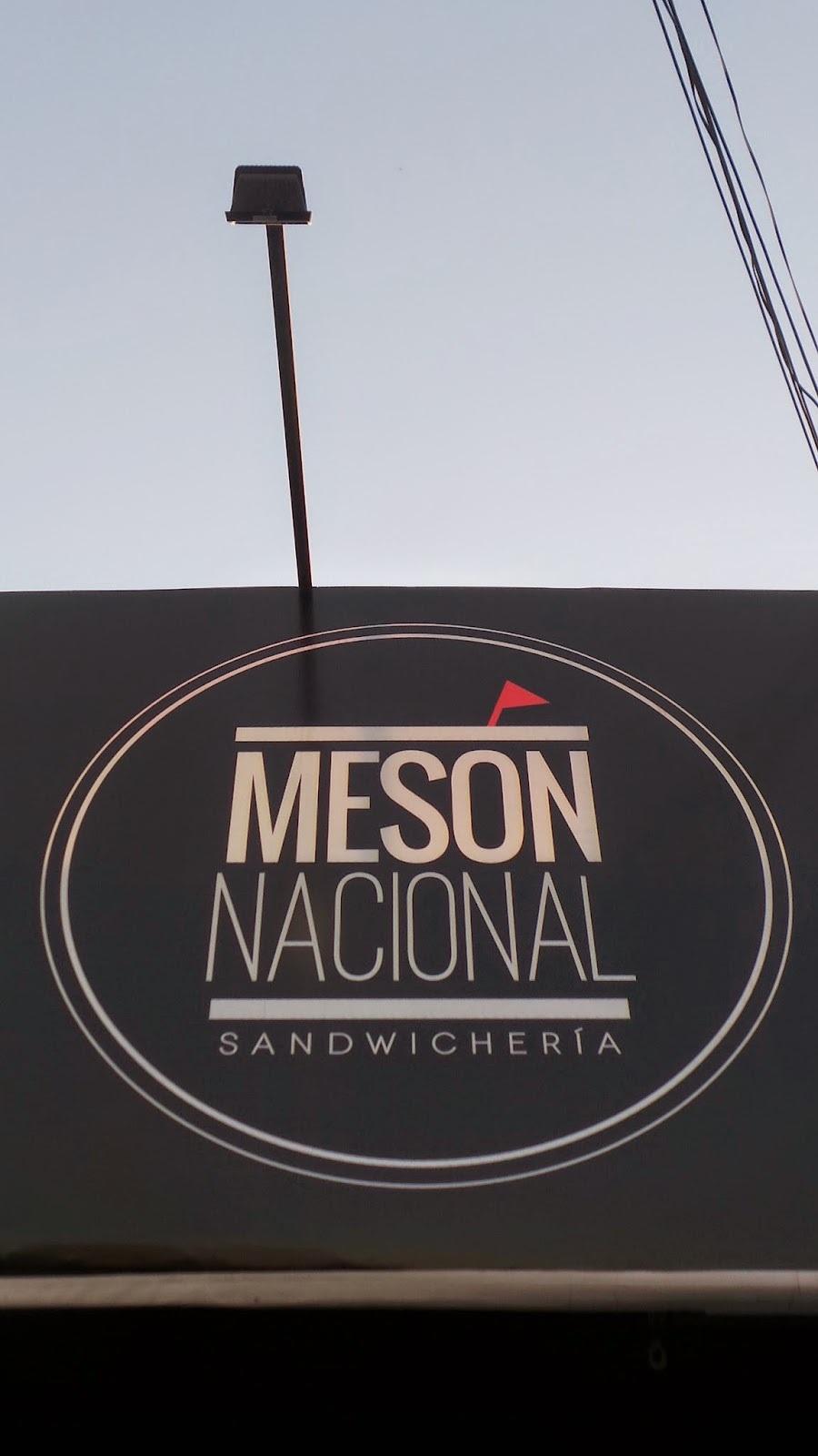 Meson Nacional: Sandwicheria de esas con cariño!