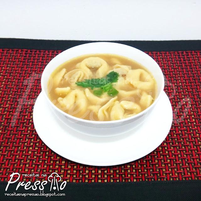 Sopa de Capeletti / Capeletti In Brodo na Pressão