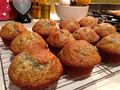 Crunchy Lemon & Poppyseed Muffins