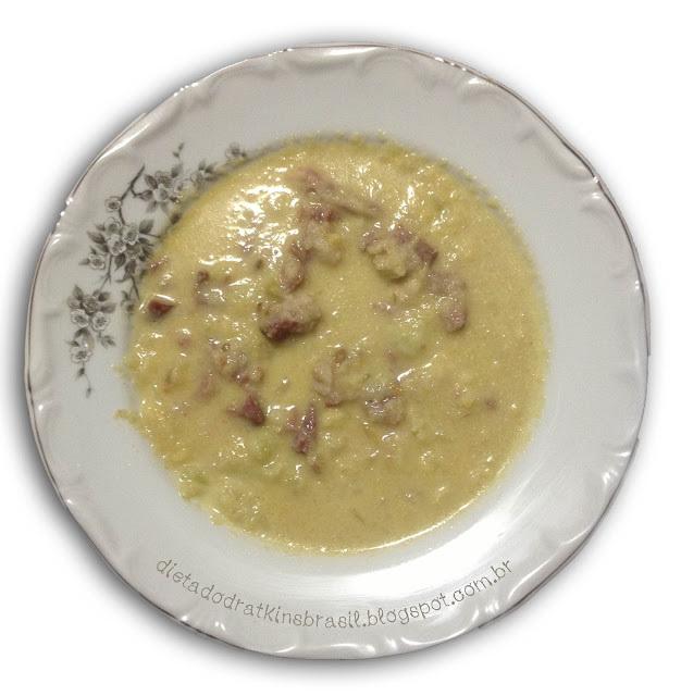 Comidinhas Atkins que não precisam de receita: Sopa de Couve Flor com Costelinha Defumada