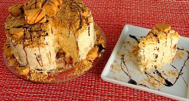 bolo pão de ló chocolate amendoim torrado