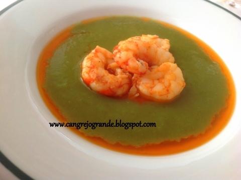 Sopa de Lechuga con Langostinos /  Crema de Turrón