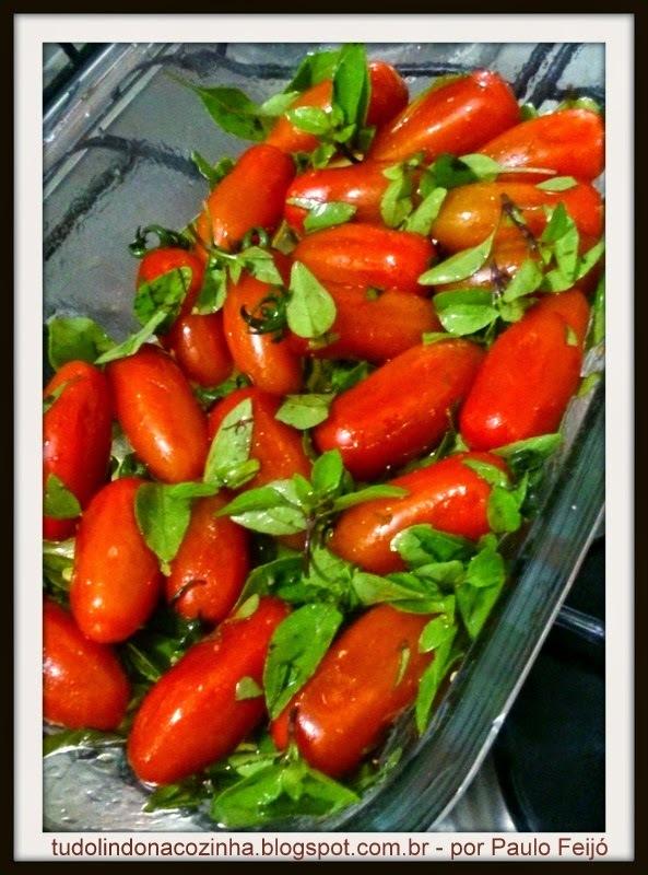 Fusilli Integral com Molho de Tomate Italiano e Manjericão