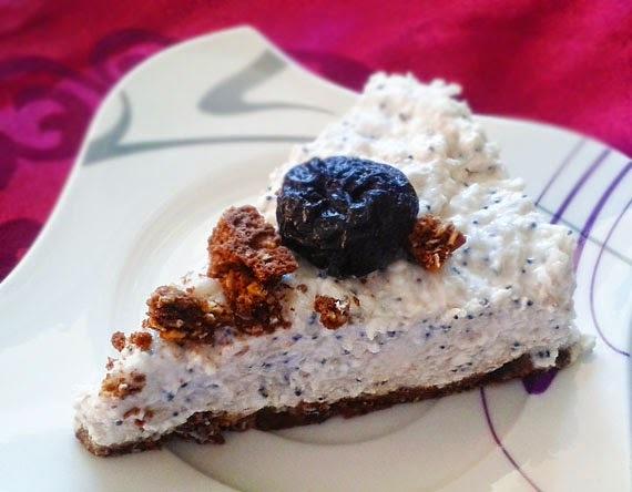 Slivkovo-maková tvarohová torta