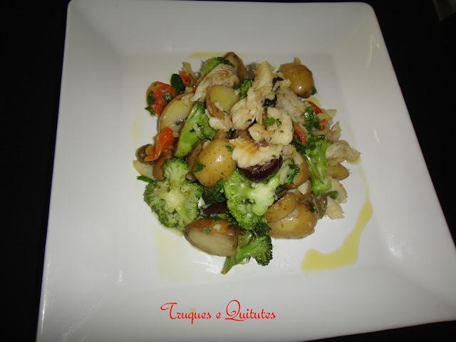 Salada rústica de bacalhau