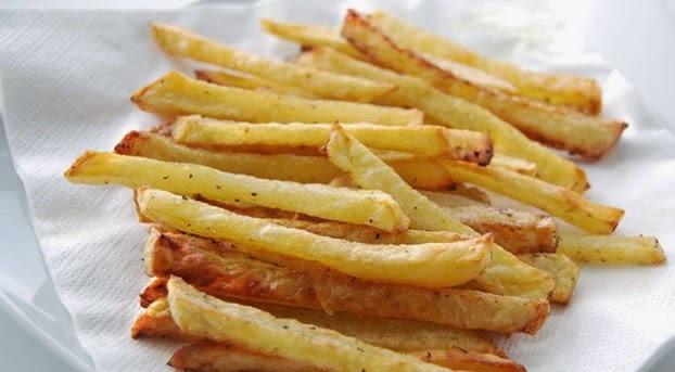 """Batata """"frita"""" no forno"""