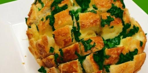 Pão com Queijo e Cebolinha