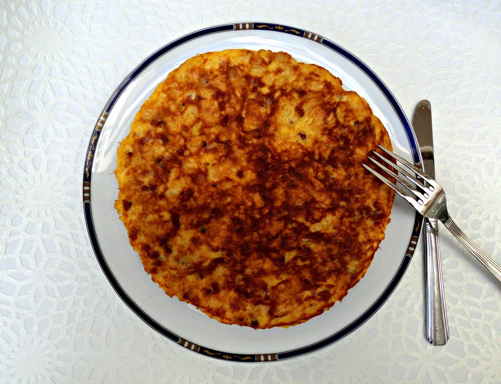 Tortilla de patatas chips y jamón